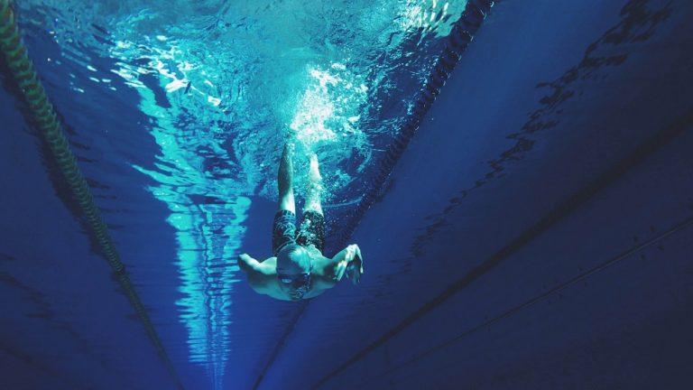 Schwimmer Unterwasser